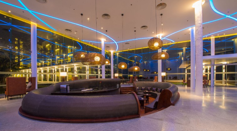 Wink Lounge & Bar at Vivanta Colombo