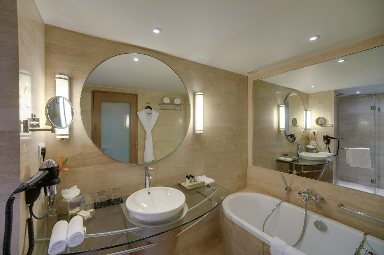 Bathroom Premium Suite at Vivanta Goa, Panaji
