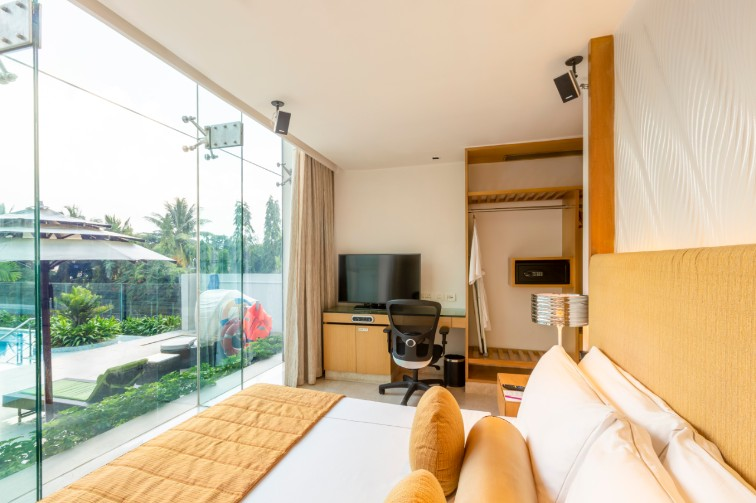 Luxury Bedroom at Loft Suite at Vivanta Bengaluru, Whitefield